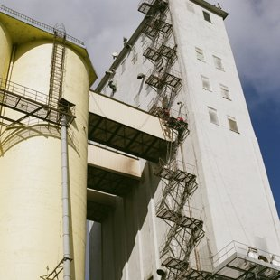 Graudu elevatora betona silosu atjaunošana 18000m2+6000m2 betona torņu atjaunošana